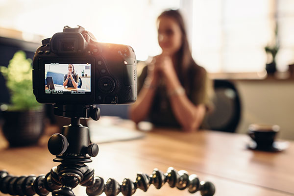 How to Gain an Edge on the Competition with a Web Video Advertisement